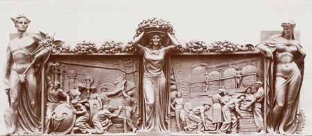 La grande targa parietale in bronzo