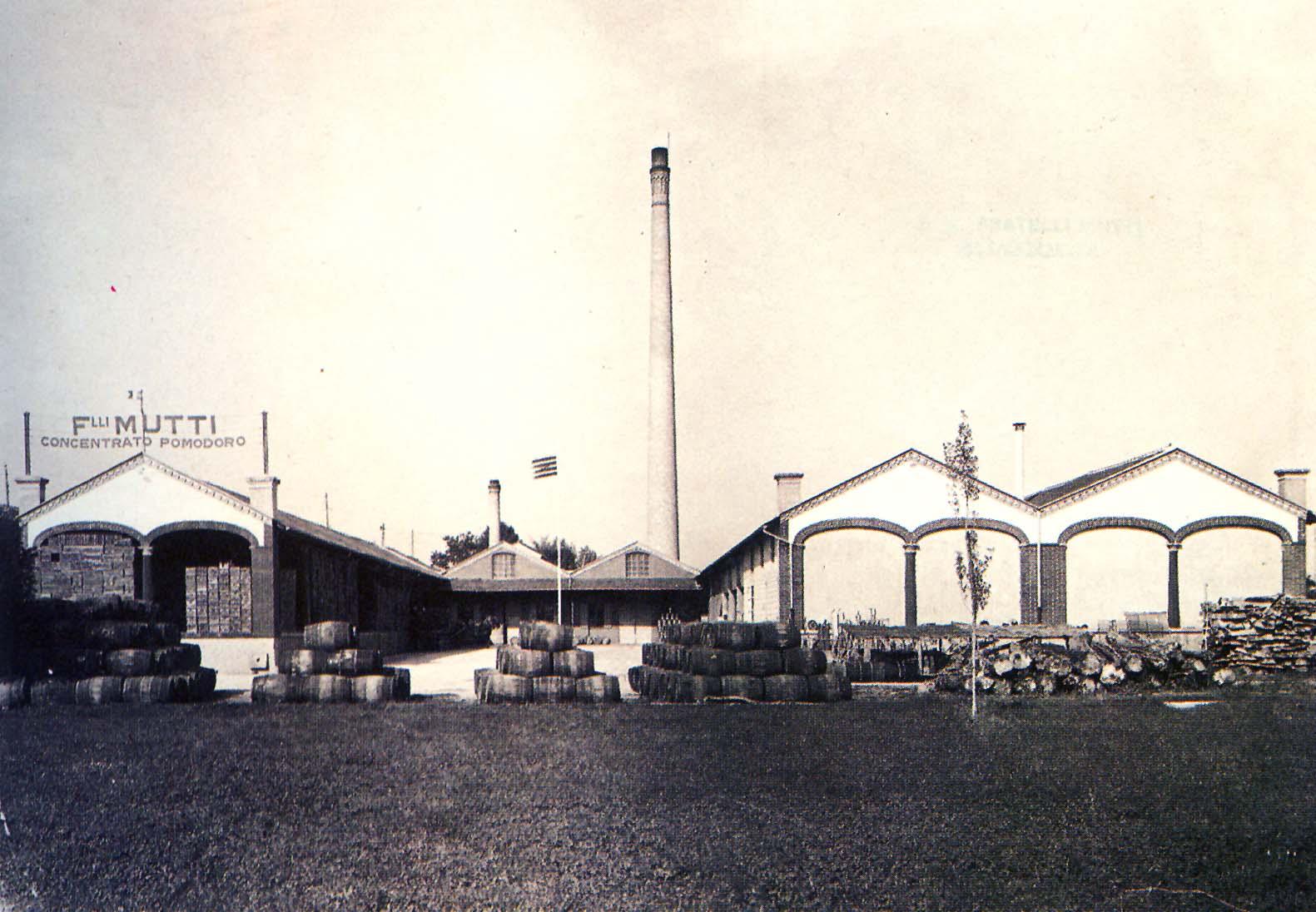 Lo stabilimento di Piazza di Traversetolo (PR) nel 1940