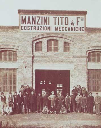Operai della Manzini Tito & Figli Costruzioni meccaniche