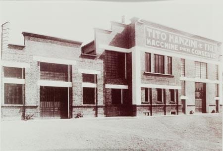La facciata della Tito Manzini & Figli