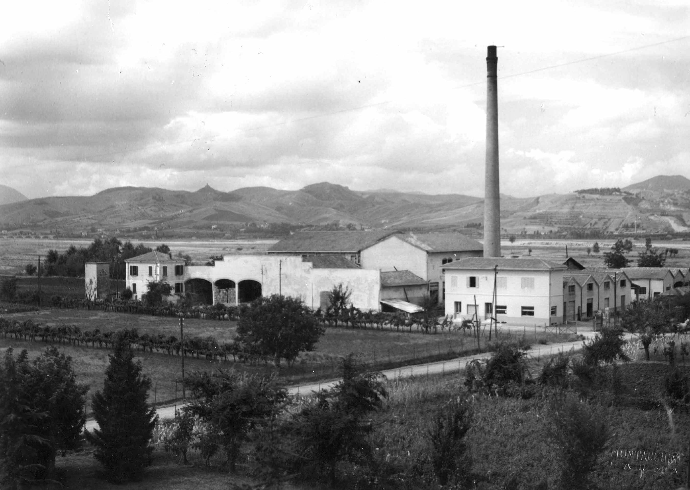 Lo stabilimento di Ozzano Taro (PR) negli anni Cinquanta del Novecento